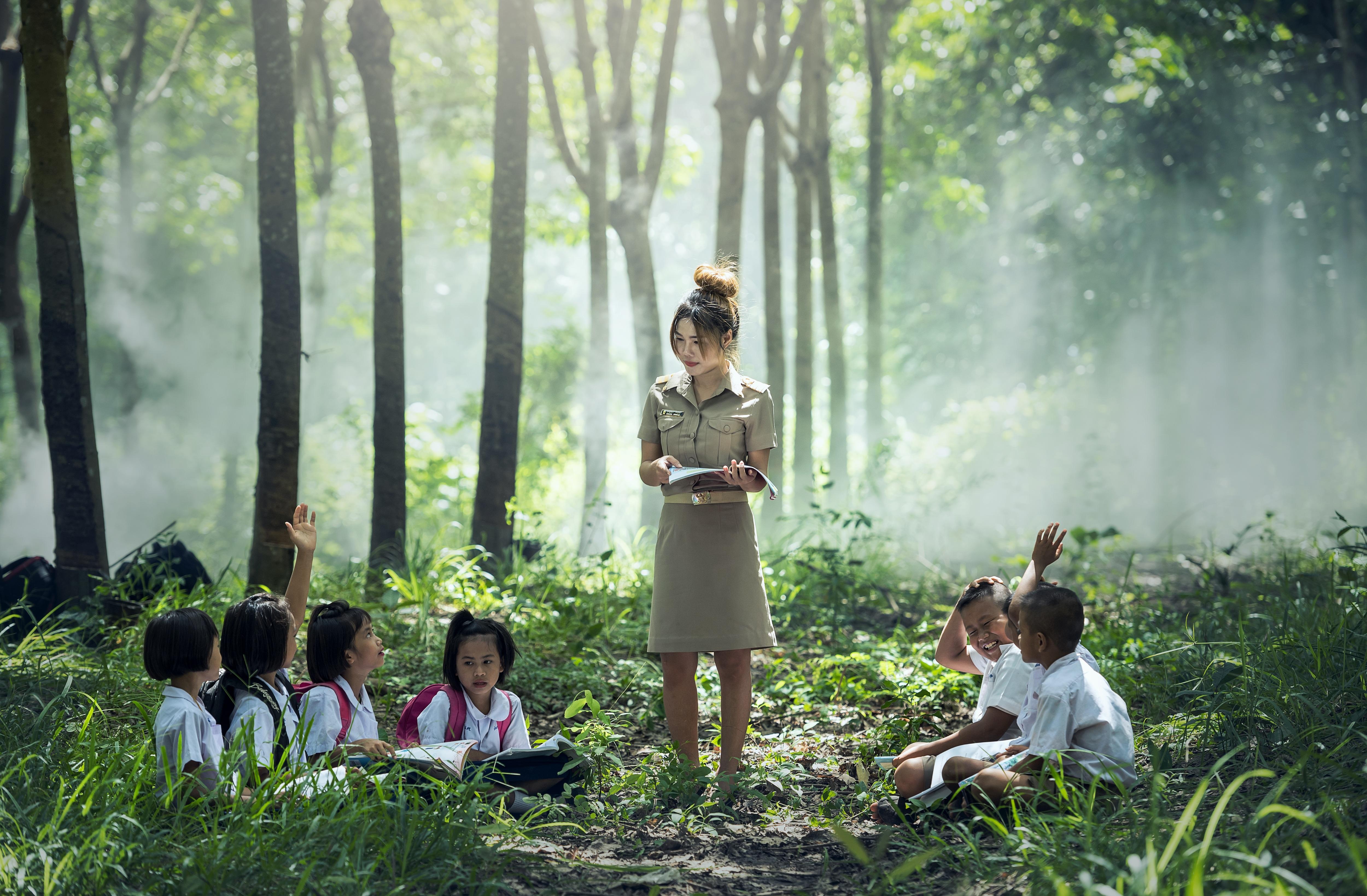 Fotografía que ilustra la noticia de salud de Alebat Education sobre ¿Qué harían los niños para mejorar la educación?