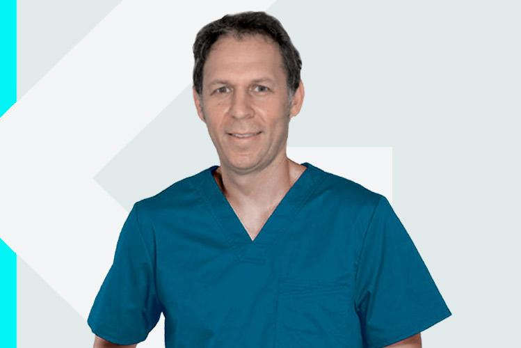 Experto en odontología Dr. AndrésPeña Aguilar