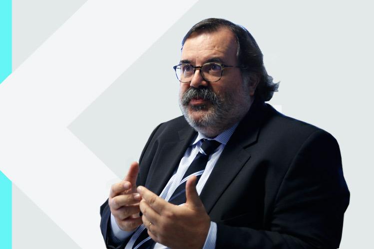 Experto en odontología Dr. AntónioMatos da Fonseca