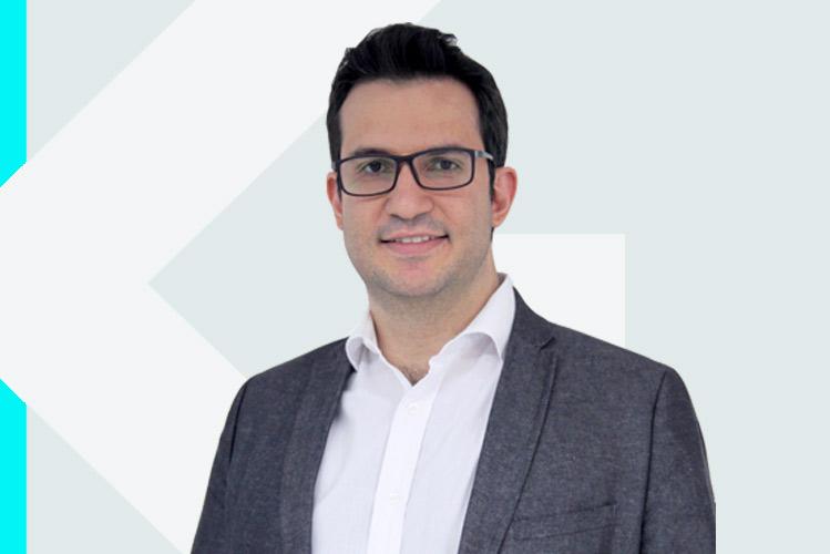 Experto en odontología Dr. Augusto CésarRodrigues de Souza