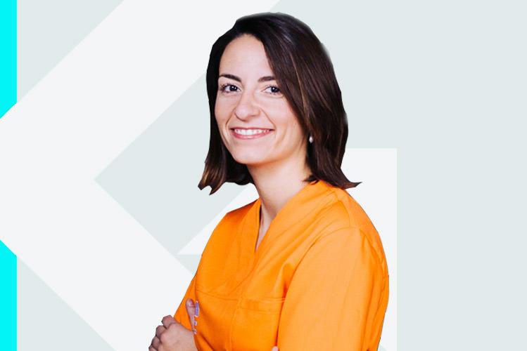 Experto en odontología Dra. EstherHernández Marrero