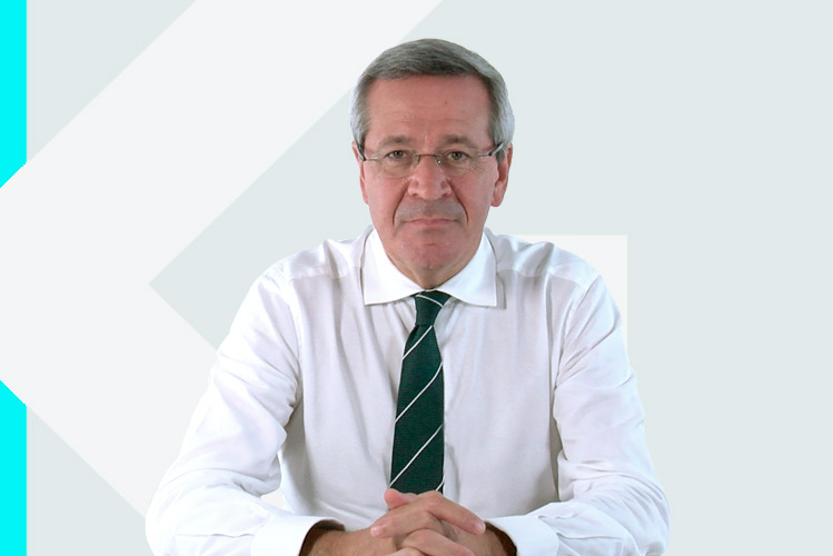 Experto en odontología Dr. José MariaSuárez Quintanilla