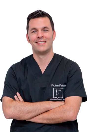 Experto en odontología Dr. Juan Delgado Martínez