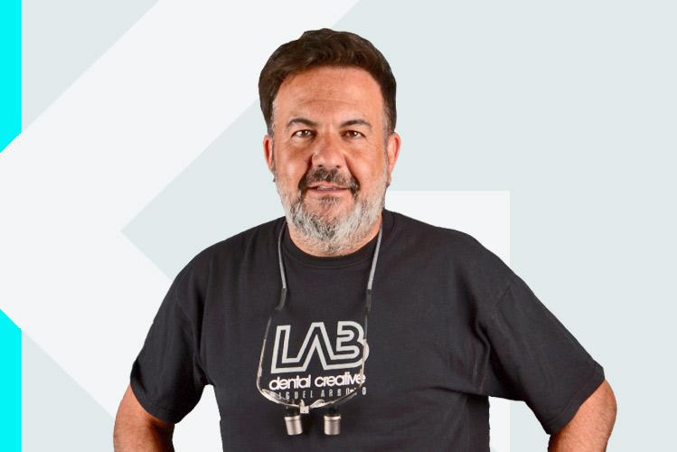 Experto en odontología Miguel ÁngelArroyo