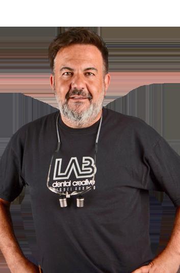 Experto en odontología Miguel Ángel Arroyo