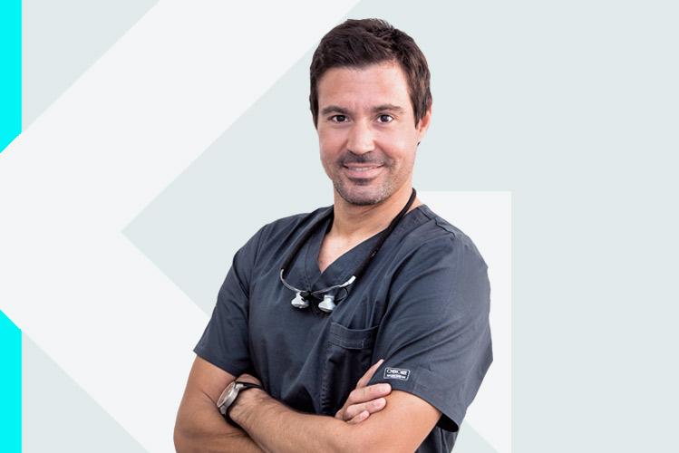 Experto en odontología Dr. NicolásAronna Mallia