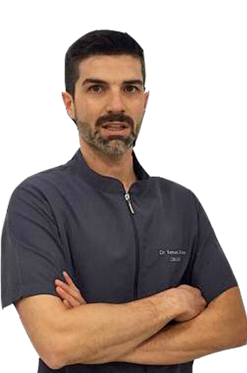 Experto en odontología Dr. Samuel Oliván Molina