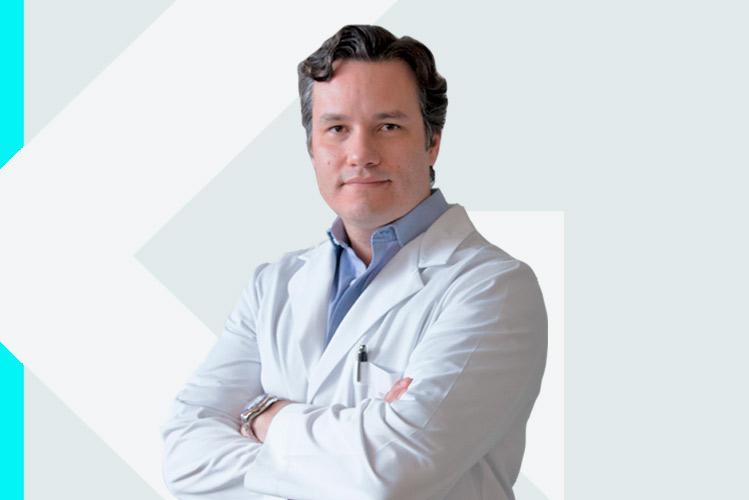 Experto en odontología Dr. VladimirGarcía Lozada