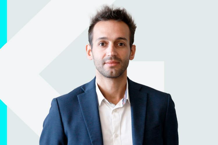 Experto en odontología Dr. YassineMaazouz