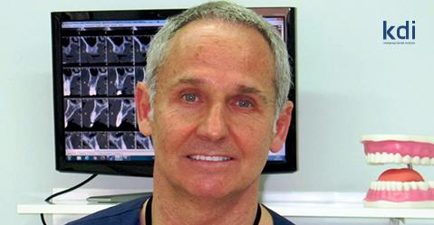 """Fotografía que ilustra la noticia de odontología de Knotgroup Dental Institute sobre El Dr. de la Hoz y su participación en el libro """"Orofacial Disorders"""""""