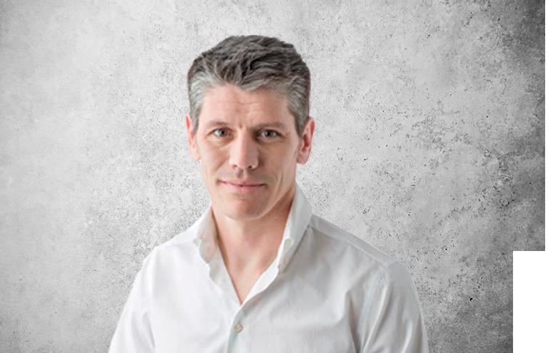 Fotografía que representa al experto Dr. Sergio Rodríguez Silva de la plataforma de odontología de Inspiria