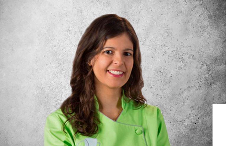 Fotografía que representa al experto Dra. Sara Pizarro Solis de la plataforma de odontología de Inspiria