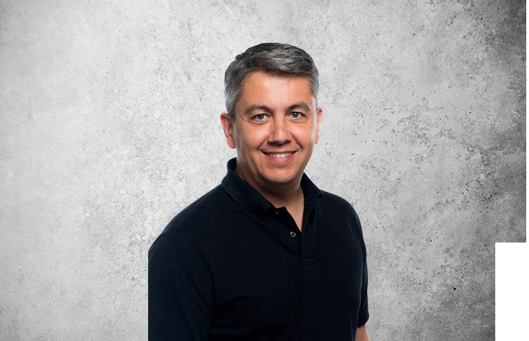 Fotografía que representa al experto Daniel Blanco Fernández de la plataforma de odontología de Inspiria
