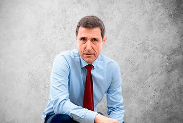 Imagen Movil que representa al miembro del Board Luis Mallo Álvarez de la plataforma de odontología de Inspiria