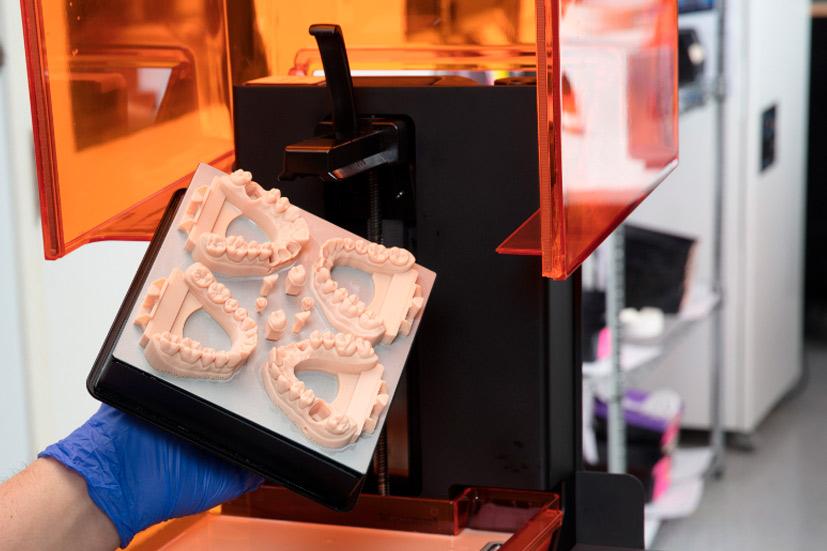 Esta imagen del post del blog de odontología representa el post Las Posibilidades de la Impresión 3D Dental