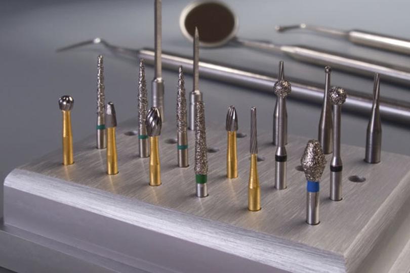 Esta imagen del post del blog de odontología representa el post Tantalio, el material para la implantología del futuro