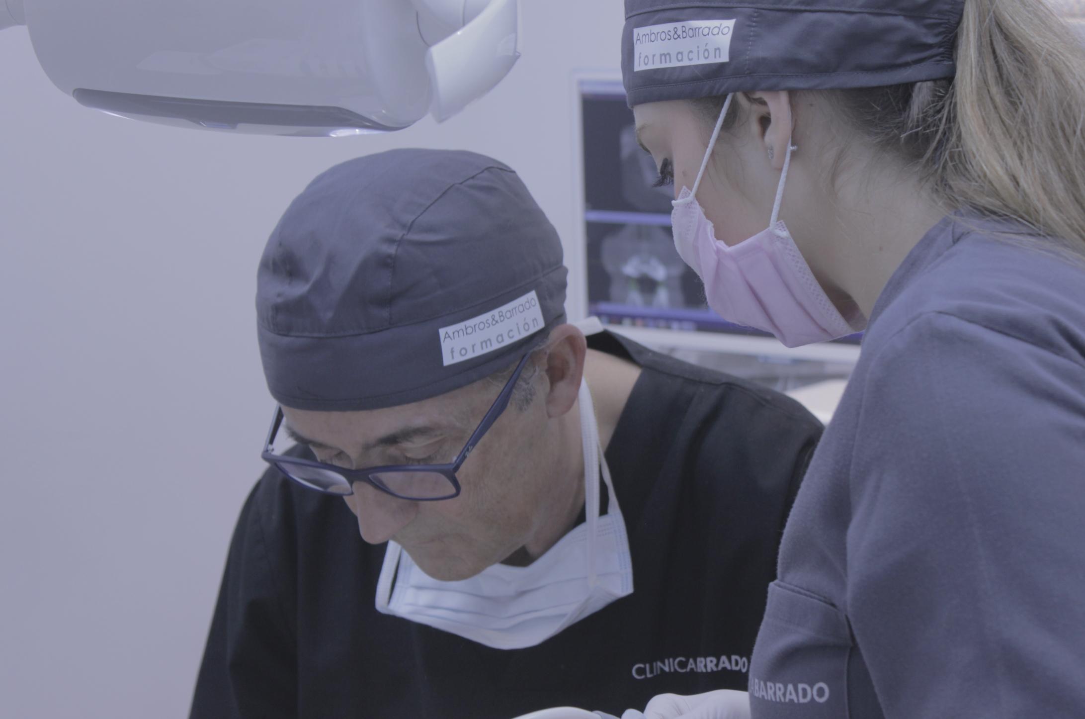 En el Master en Implantología, realizarás las prácticas en las clínicas dentales más modernas, con las mejores instalaciones.