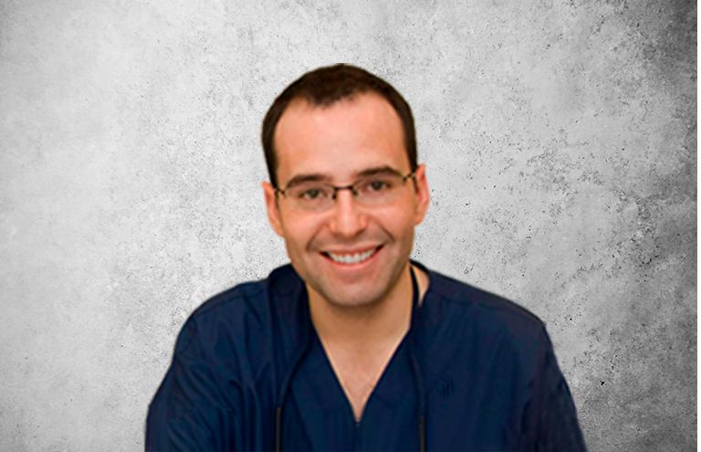 Fotografía que representa al experto Dr. Vicente Berbís Agut de la plataforma de odontología de Inspiria