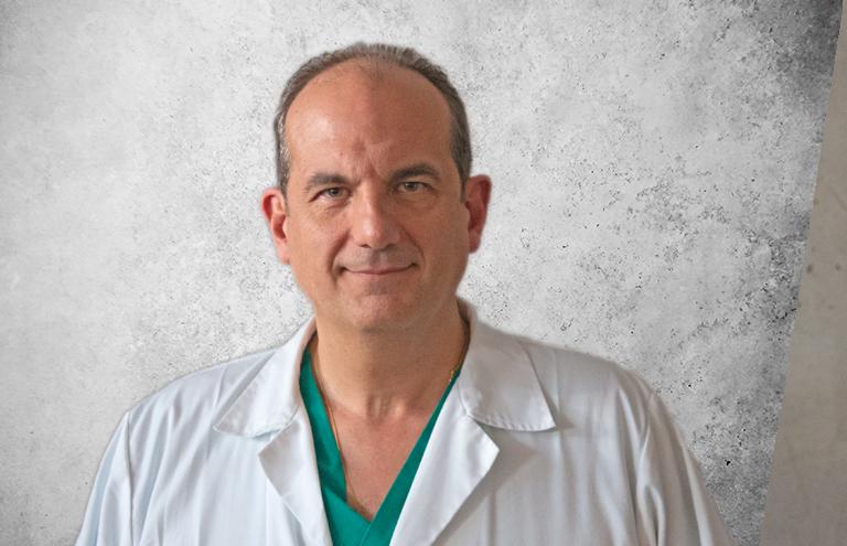 Fotografía que representa al experto Dr. Javier García de la plataforma de odontología de Inspiria