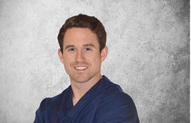 Fotografía que representa al experto Dr. Iñaki Suárez de la plataforma de odontología de Inspiria