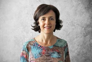 Fotografía Movil que representa al experto Cristina Navarro Martín de la plataforma de odontología de Inspiria
