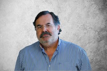 Fotografía Movil que representa al experto Dr. António Matos da Fonseca de la plataforma de odontología de Inspiria