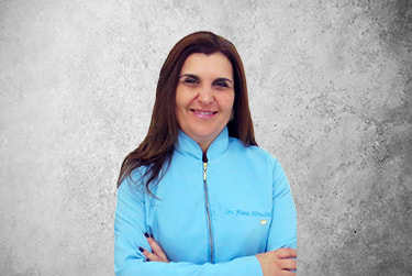 Fotografía Movil que representa al experto Dra. Flávia Abruzzini Vieira de la plataforma de odontología de Inspiria
