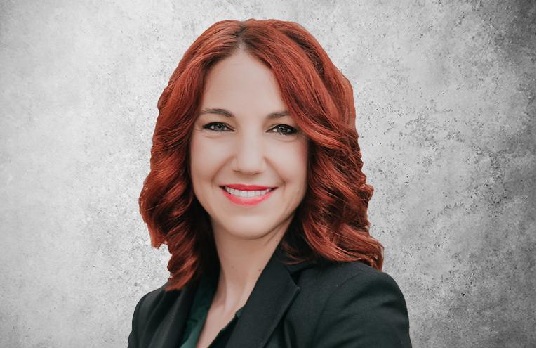 Fotografía que representa a la experta Vanesa Azores Vicario de la plataforma de odontología de Inspiria