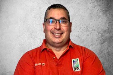 Fotografía que representa a el experto Héctor J. Rodríguez Casanovas de la plataforma de odontología de Inspiria