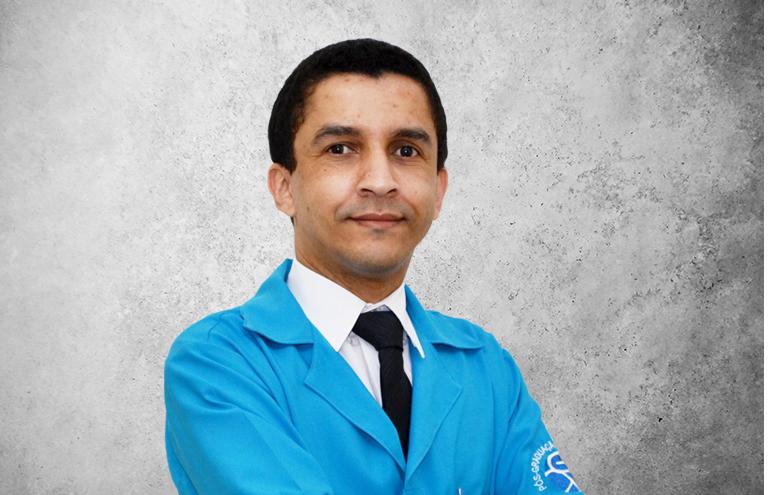 Fotografía que representa al experto Eduardo C. Do Nascimento de la plataforma de odontología de Inspiria