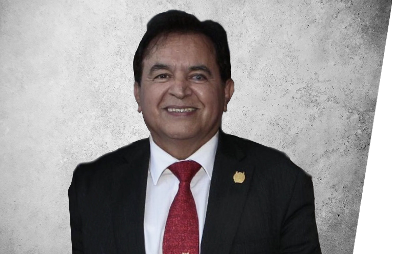 Fotografía que representa al experto CMF. Miguel Tapia Ruíz de la plataforma de odontología de Inspiria